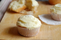 nadine's - that's amore - coconut cupcakes