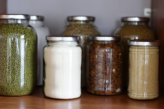 Zero Waste Lifestyle - Storing food in Jars